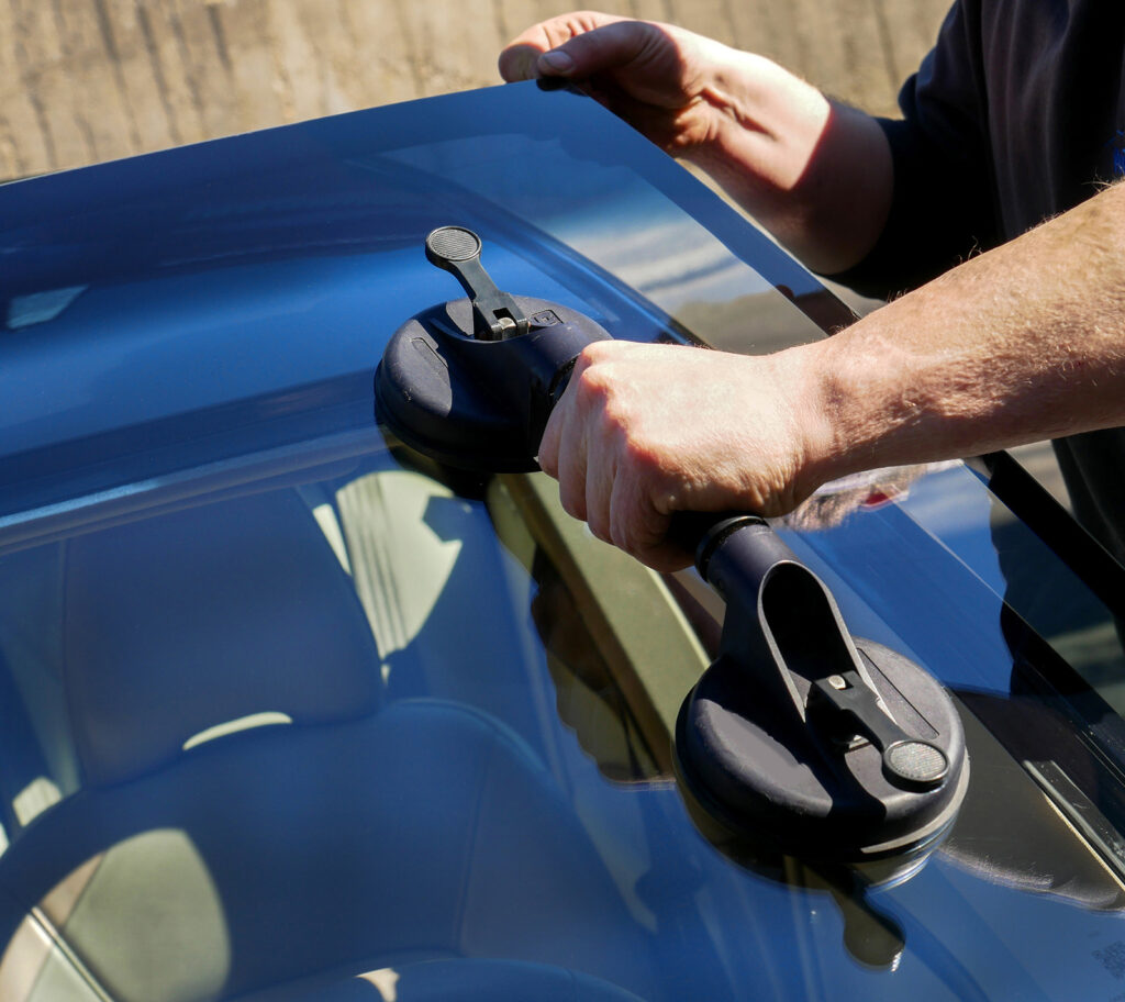Mobile Auto Glass Repair Kent